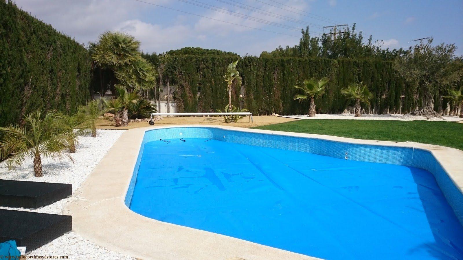 Toldo Cobertor piscina con enrollador telescopico y lona
